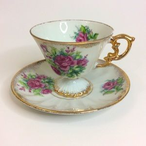 Porcelain Rose Pattern Gold Trim Teacup Saucer Set